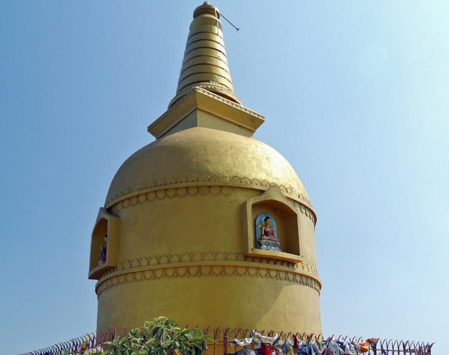 鶏足山 仏塔