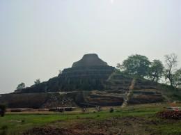 ケサリヤ仏塔