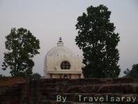 涅槃の地に建つ涅槃堂